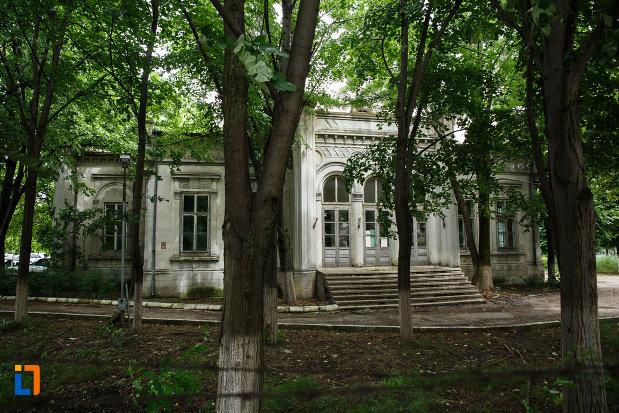 casa-apostoleanu-1873-din-focsani-judetul-vrancea.jpg