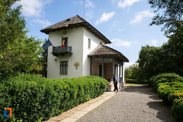 casa-atelier-g-petrascu-din-targoviste-judetul-dambovita.jpg