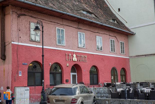 casa-avand-la-parter-restaurantul-la-turn-1652-din-sibiu-judetul-sibiu.jpg