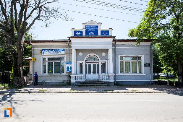 casa-azi-cooperativa-de-credit-mihai-viteazul-din-targoviste-judetul-dambovita.jpg