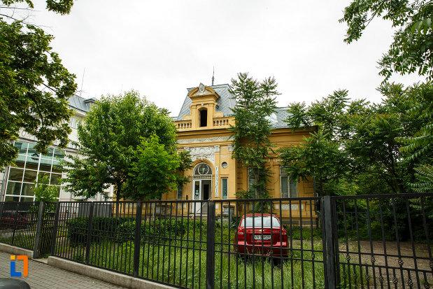 casa-cristof-gabaret-tanasescu-1880-din-focsani-judetul-vrancea.jpg