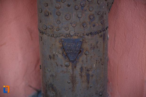 casa-cu-pomul-breslelor-din-timisoara-judetul-timis-componenta-a-muzeului-banatului.jpg
