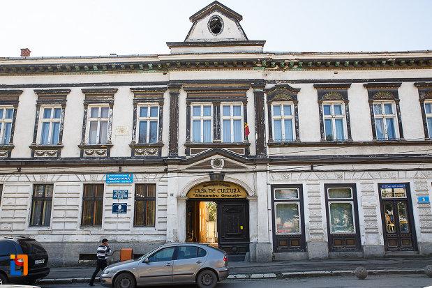 casa-de-cultura-din-orastie-judetul-hunedoara.jpg