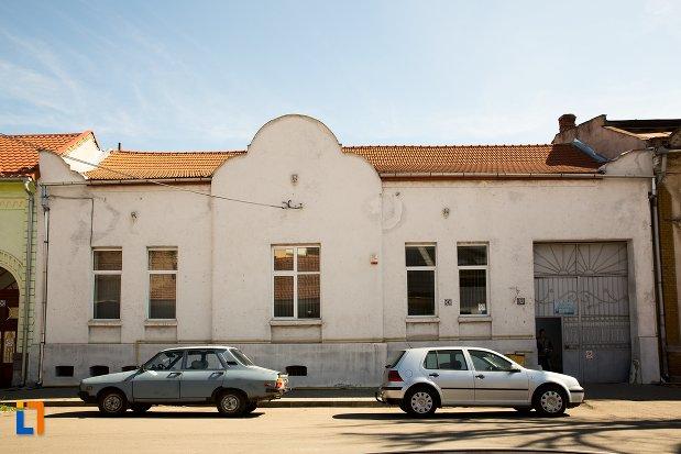 casa-de-la-nr-10-ansamblul-urban-str-teilor-din-alba-iulia-judetul-alba.jpg