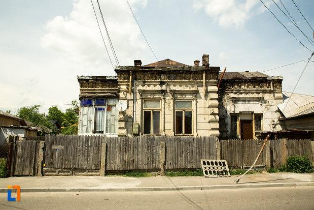 casa-de-pe-str-dragaicii-nr5-din-ramnicu-sarat-judetul-buzau.jpg