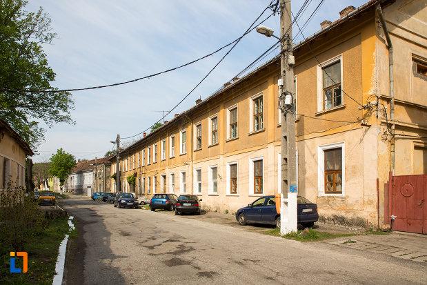 casa-de-pe-str-m-eminescu-nr-8-din-oravita-judetul-caras-severin.jpg