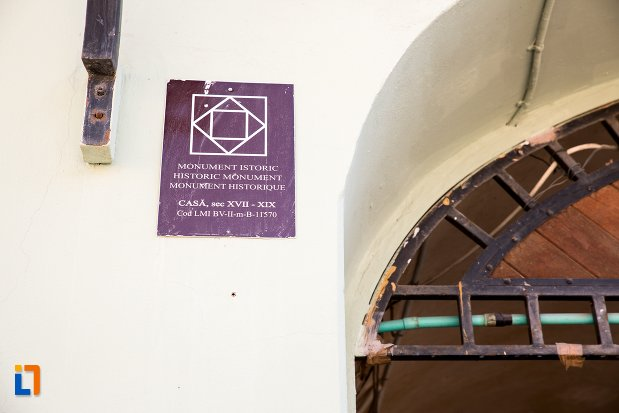 casa-din-piata-sfatului-nr-13-din-brasov-judetul-brasov-monument-istoric.jpg
