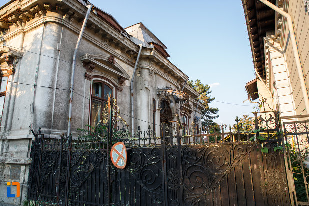 casa-dr-constantin-vasiliu-1785-din-ploiesti-judetul-prahov-monument-de-arhitectura.jpg