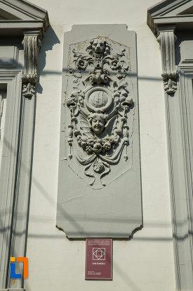 casa-filipescu-din-dragasani-judetul-valcea-ornament.jpg