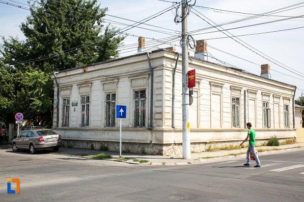 casa-fosta-administratie-financiara-municipala-din-calarasi-judetul-calarasi.jpg