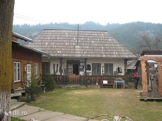 casa-ion-gramada.jpg