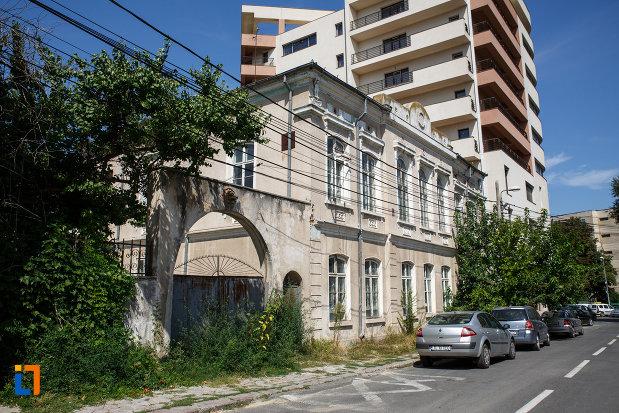 casa-lichiardopol-1870-din-tulcea-judetul-tulcea-vazuta-din-lateral.jpg