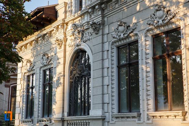 casa-mateche-stefanescu-1830-din-ploiesti-judetul-prahova-monument-arhitectonic.jpg