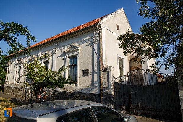 casa-memoriala-dr-karl-diel-din-jimbolia-judetul-timis.jpg