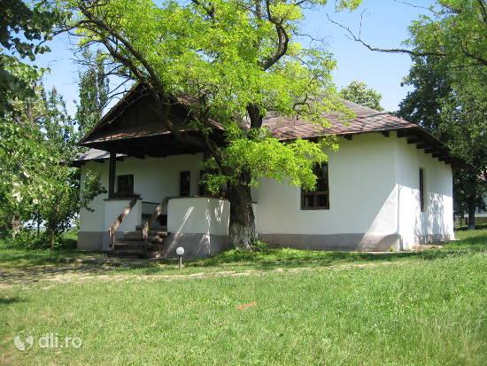 casa-memoriala-mihai-eminescu.jpg
