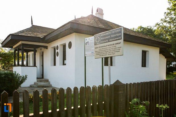 casa-memoriala-nicolae-iorga-din-botosani-judetul-botosani-monument-istoric.jpg