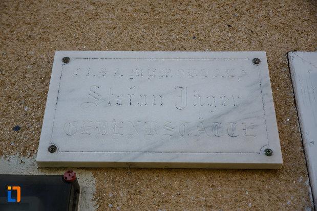 casa-memoriala-stefan-jager-din-jimbolia-judetul-timis-placuta-de-marmura.jpg