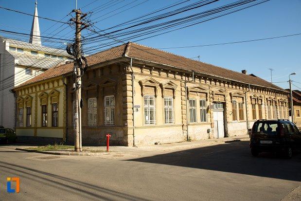 casa-monument-istoric-din-alba-iulia-judetul-alba.jpg