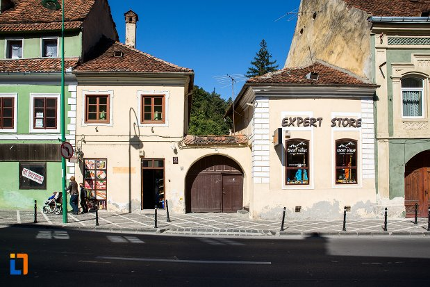 casa-monument-istoric-din-brasov-judetul-brasov.jpg