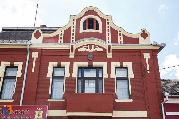casa-monument-istoric-str-bursan-constantin-din-hunedoara-judetul-hunedoara-partea-de-sus.jpg