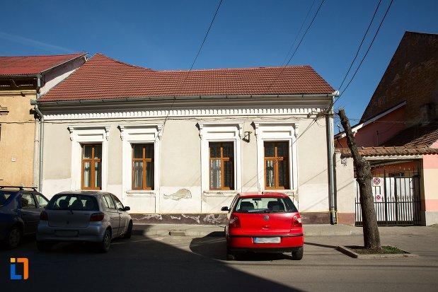 casa-monument-istoric-str-camil-velican-din-alba-iulia-judetul-alba.jpg