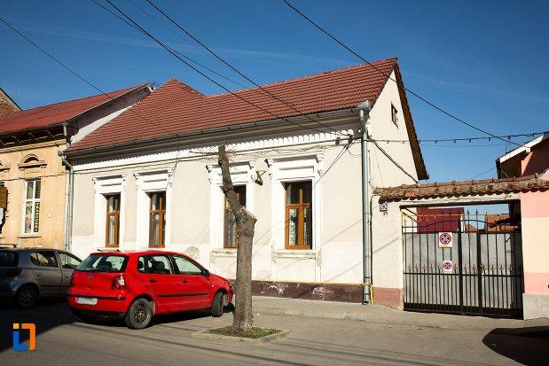 casa-monument-istoric-str-camil-velican-nr-24-din-alba-iulia-judetul-alba.jpg