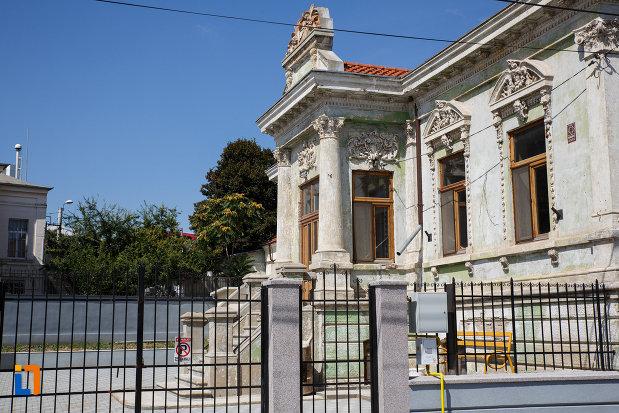 casa-motomancea-1875-din-tulcea-judetul-tulcea-vazuta-din-lateral.jpg
