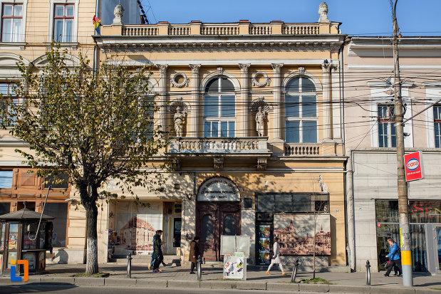 casa-municipala-de-cultura-din-cluj-napoca-judetul-cluj.jpg