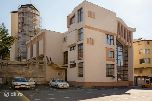 casa-municipala-de-cultura-din-zalau-judetul-salaj.jpg