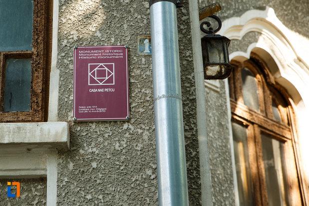 casa-nae-petcu-din-dragasani-judetul-valcea-monument-istoric.jpg