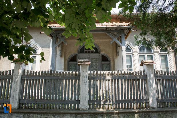 casa-olimpia-popescu-din-rosiorii-de-vede-judetul-teleorman.jpg