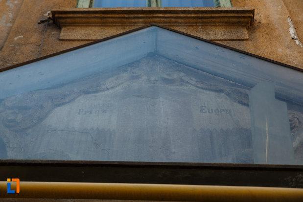casa-printului-eugen-din-timisoara-judetul-timis-imagine-cu-vechea-poarta-forforoza.jpg