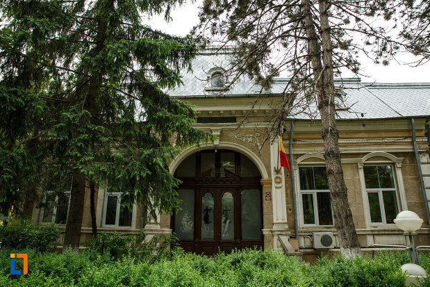 casa-stanescu-1893-din-focsani-judetul-vrancea-monument-istoric.jpg
