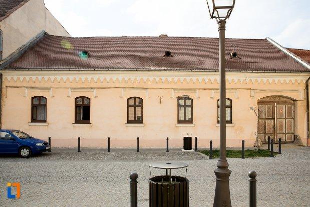 casa-str-mitropolit-andrei-saguna-nr-7-din-alba-iulia-judetul-alba.jpg