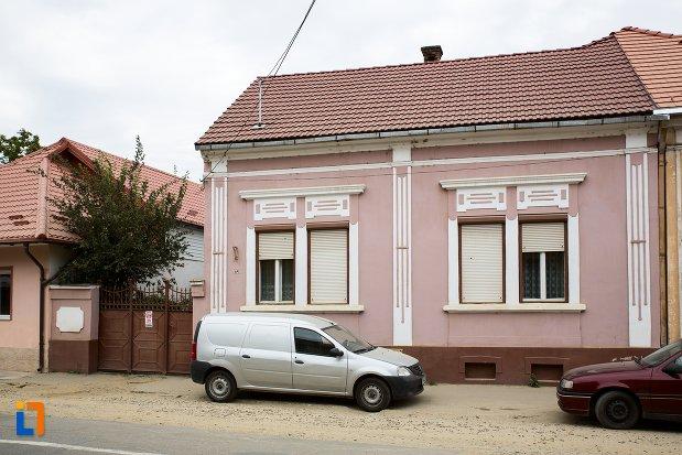 casa-str-nicolae-balcescu-nr-47-din-fagaras-judetul-brasov.jpg