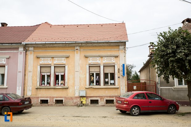 casa-str-nicolae-balcescu-nr-49-din-fagaras-judetul-brasov.jpg