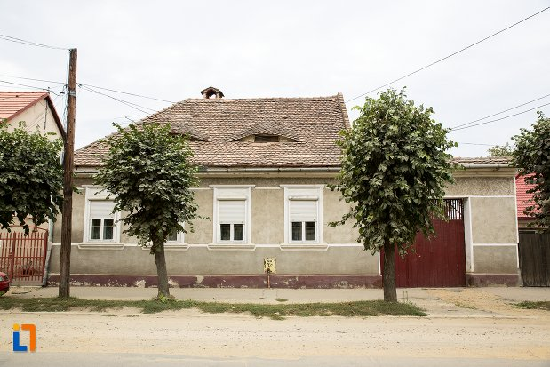 casa-str-nicolae-balcescu-nr-51-din-fagaras-judetul-brasov.jpg