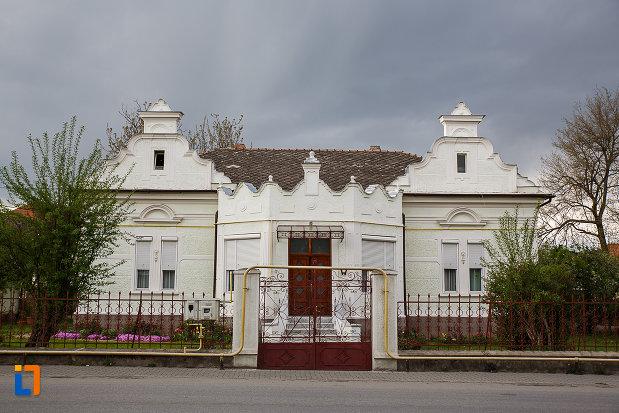casa-strada-horea-nr-18-din-hateg-judetul-hunedoara.jpg