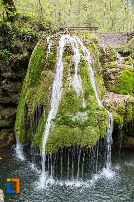 cascada-bigar-judetul-caras-severin.jpg