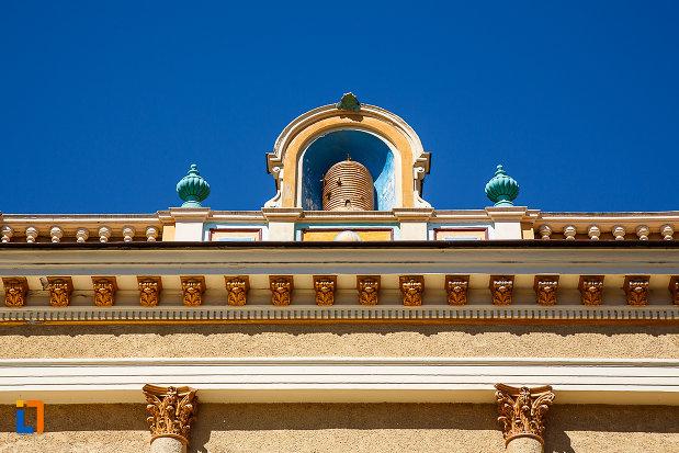 casina-romana-azi-hotel-augusta-din-orastie-judetul-hunedoara-detalii-decorative.jpg