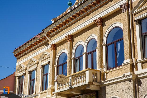 casina-romana-azi-hotel-augusta-din-orastie-judetul-hunedoara-poza-cu-partea-de-sus.jpg