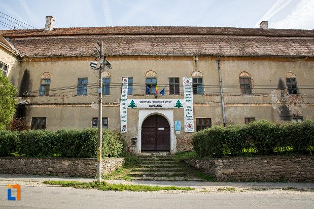 castelul-apaffy-colectia-muzeala-a-armenilor-transilvaneni-din-dumbraveni-judetul-sibiu.jpg
