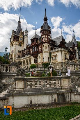 castelul-peles-din-sinaia-judetul-prahova-monument-arhitectonic.jpg