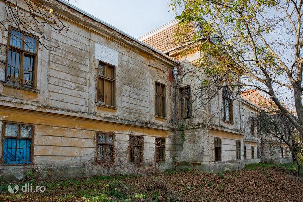 castelul-stubenberg-din-sacueni-judetul-bihor.jpg