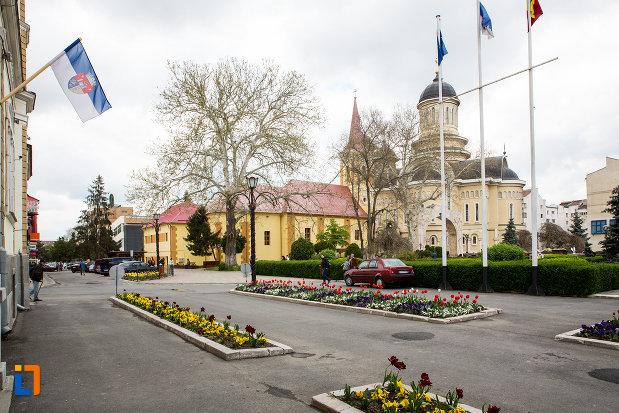 catedrala-din-orasul-caransebes-judetul-caras-severin.jpg