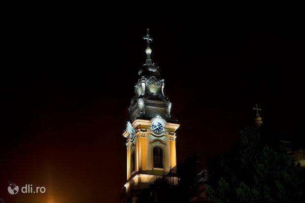 catedrala-greco-catolica-sf-nicolae-din-oradea-judetul-bihor-noaptea.jpg