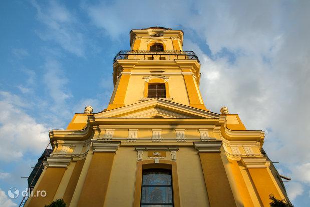 catedrala-greco-catolica-sf-nicolae-din-oradea-judetul-bihor.jpg