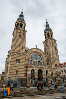 catedrala-mitropolitana-sf-treime-din-sibiu-judetul-sibiu.jpg