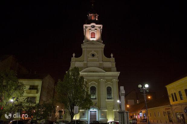 catedrala-ortodoxa-adormirea-maicii-domnului-biserica-cu-luna-din-oradea-judetul-bihor-noaptea.jpg