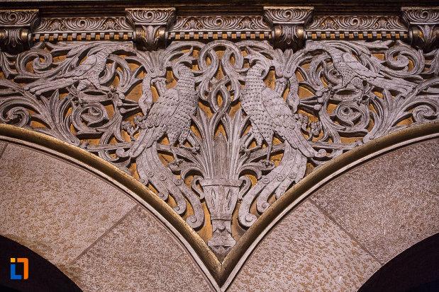 catedrala-ortodoxa-sf-arhangheli-mihail-si-gavril-din-orastie-judetul-hunedoara-cateva-detalii-arhitecturale.jpg